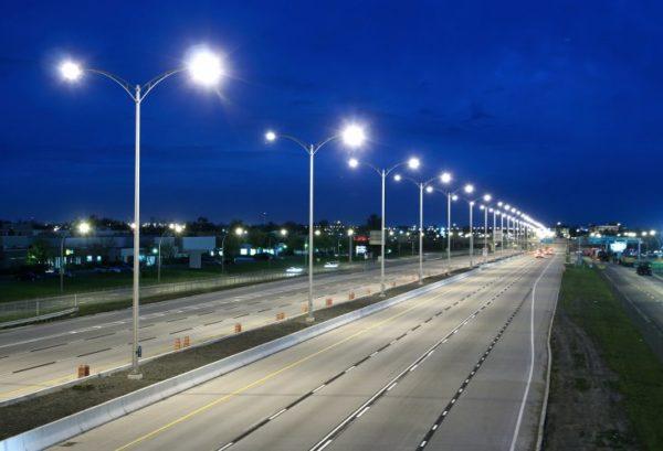 Освещение скоростной автомагистрали