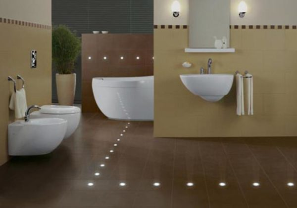 Точечная подсветка пола в ванной комнате