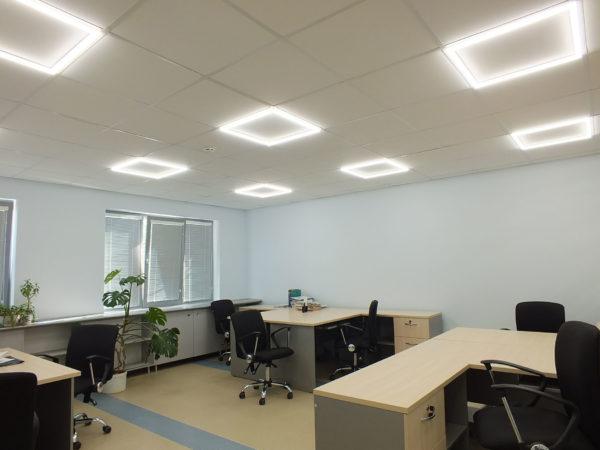 Общее освещение в офисе