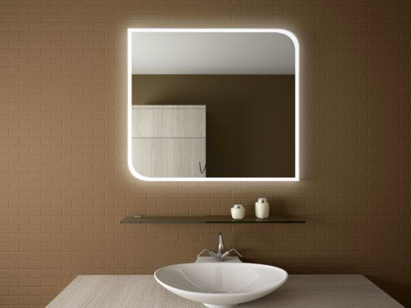 Зеркало со встроенным источником света