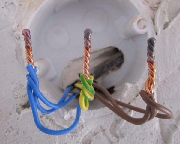 Одножильные провода проще сваривать