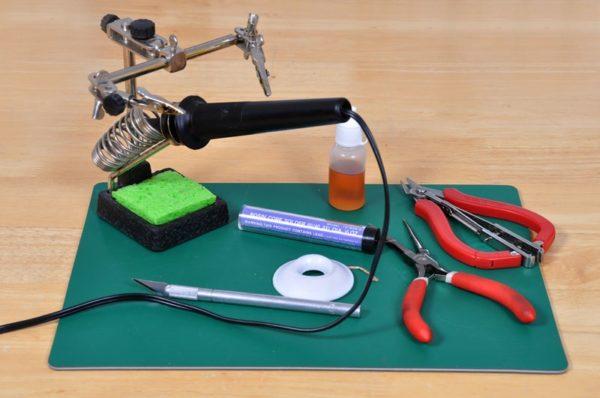 Набор инструментов для лужения проводов