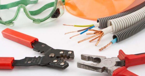 Инструменты и материалы для монтажа электропроводки