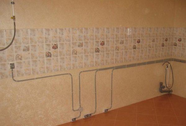 Открытая проводка на кухне