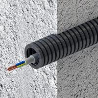 Прокладка кабеля в стене