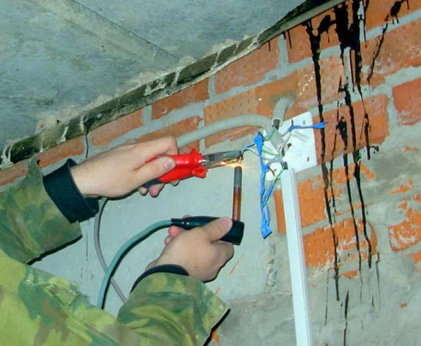 Аппарат для сварки электропроводки
