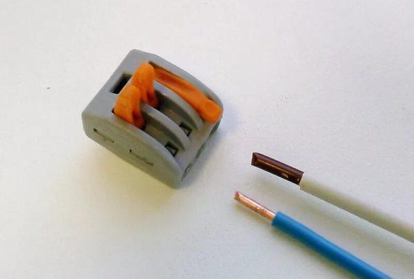 Соединение проводов различного сечения с помощью клеммника