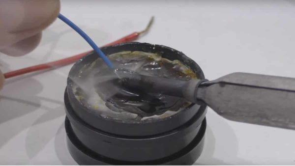 Использование канифоли для лужения проводов