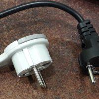 Замена вилки бытового электроприбора